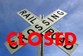 Railroad crossing closing